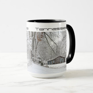 Caneca Nevar no celeiro rural do vintage de Tennessee