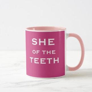 Caneca Nome e posição fêmeas engraçados do dentista
