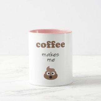 Caneca O café engraçado faz-me a frase do emoji do