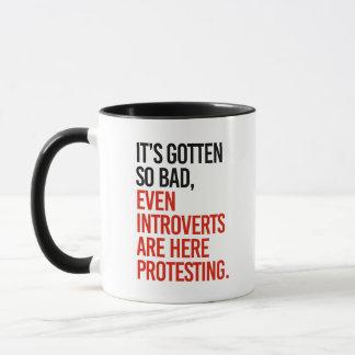 Caneca Obteve assim que o mau introverts mesmo está aqui