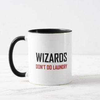 Caneca Os feiticeiros não fazem a lavanderia