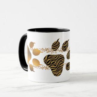 Caneca Patas douradas e listradas do tigre