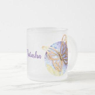 Caneca personalizada do fosco com borboletas