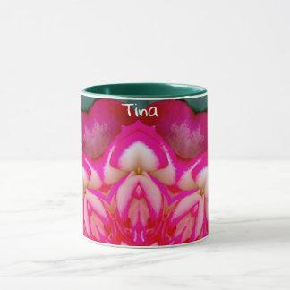 Caneca ~ personalizado ~ das pétalas cor-de-rosa de TINA