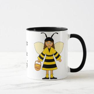 Caneca Personalize-me -- Trajes da abelha e do joaninha