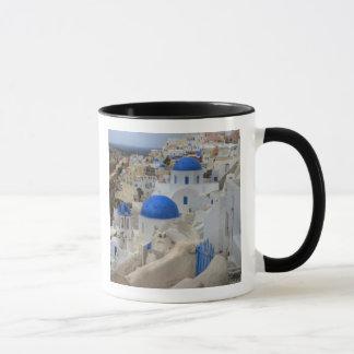 Caneca Piscina, Santorini. Torre de Bell e abóbadas azuis
