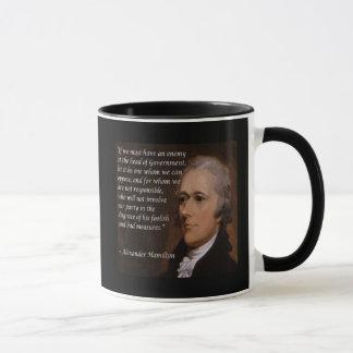 """Caneca """"Presente do líder inimigo"""" de Alexander Hamilton"""