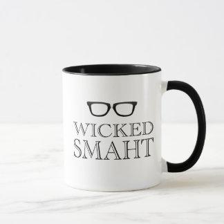 Caneca Smaht mau (Smart) Boston fala o humor
