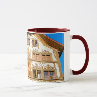 Caneca Suiça, casa pintada