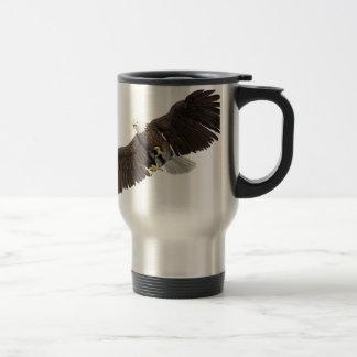Caneca Térmica A águia americana com as asas em para baixo afaga