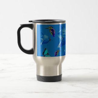 Caneca Térmica Borboletas dos martinhos pescatorees e flores de