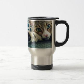 Caneca Térmica Gato de gato malhado bonito com olhos verdes