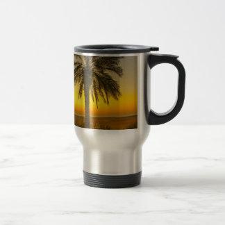 Caneca Térmica Nascer do sol da palmeira