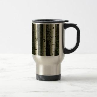Caneca Térmica Textura de um retrato da floresta