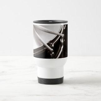 Caneca Térmica Varas do cilindro no Snare preto e branco