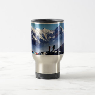 Caneca Térmica Vista panorâmica da montanha máxima de Ama Dablam