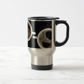 Caneca Térmica Vista superior de duas chávenas de café pequenas