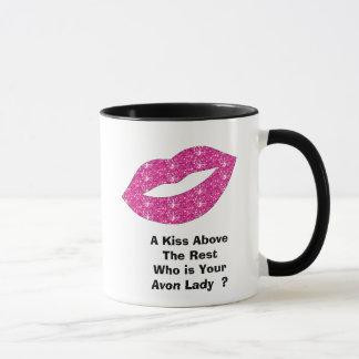 Caneca Um beijo acima do resto que é seu rapaz de Avon…