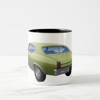 Caneca verde de Chevrolet Malibu
