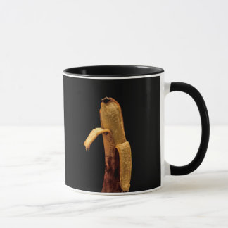 Caneca Vida descascada metade da banana ainda