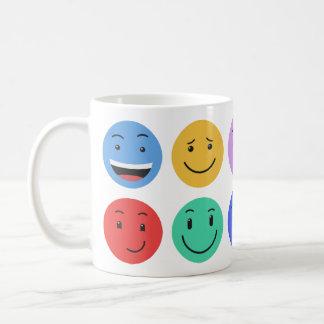 Canecas bonitos dos smiley