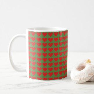 Canecas de café verdes e vermelhas dos namorados