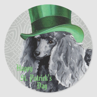 Caniche diminuta do dia de St Patrick Adesivo