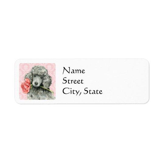 Caniche padrão do rosa dos namorados etiqueta endereço de retorno