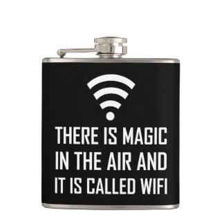 Cantil A mágica no ar é Wifi