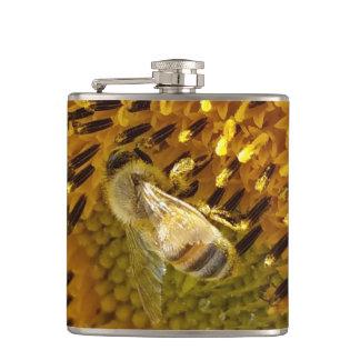 Cantil Abelha do mel do girassol do monograma em uma