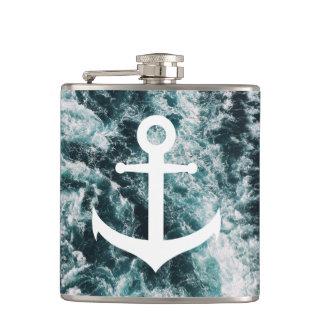Cantil Âncora náutica no fundo da foto do oceano