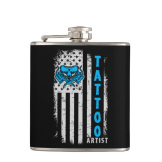 Cantil Bandeira americana dos EUA com artista do tatuagem