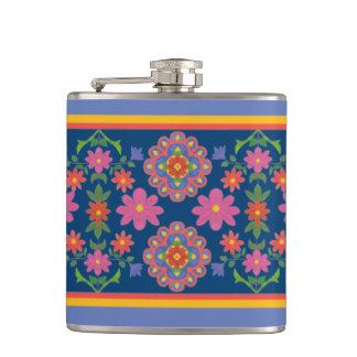 Cantil Beira floral do teste padrão de Rangoli na garrafa