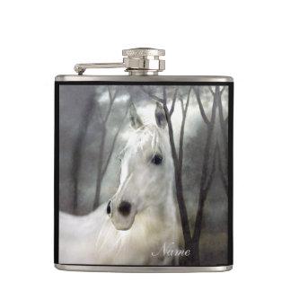 Cantil Cavalo branco