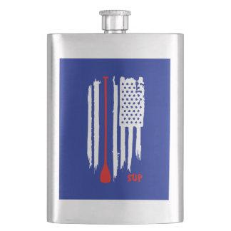 Cantil De Bebida Esteja acima de remo a bandeira dos E.U.
