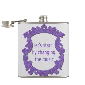 Cantil deixe-nos começar mudando a música