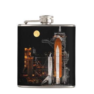 Cantil Descoberta e lua do vaivém espacial