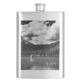 Cantil Pesca em Montana preto e branco com monograma