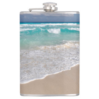 Cantil Praia e Sandy Beach tropicais