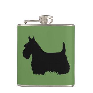 Cantil Scottish silhueta preta/branca de Terrier