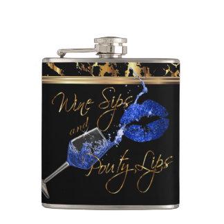 Cantil Sorvos do vinho e lábios do azul de Pouty