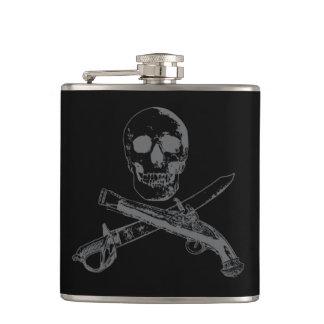 Cantil Uma vida skullflask_3 dos piratas