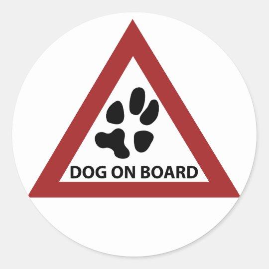 cão a bordo adesivo redondo