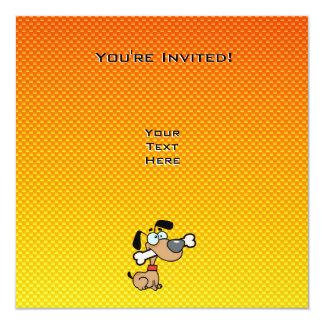 Cão amarelo alaranjado dos desenhos animados convite quadrado 13.35 x 13.35cm