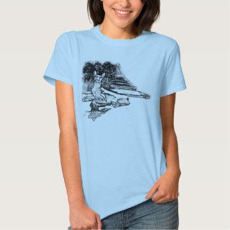 Cão Cosy do faraó que coloca no sol T-shirts