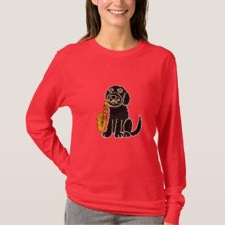 Cão de filhote de cachorro do BR que joga a camisa