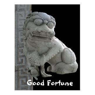 Cão de Foo da boa fortuna Cartão Postal