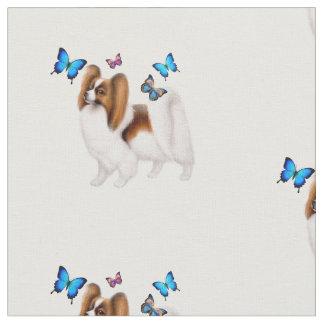 Cão de Papillon com tecido de algodão das