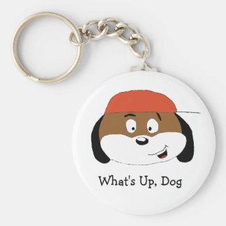 Cão dos desenhos animados com boné de beisebol chaveiro