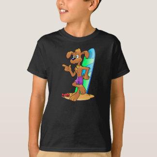 Cão dos desenhos animados da camisa do surfista camisetas